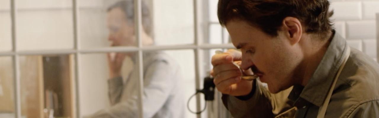 Casper Engel Rasmussen, medejer af Coffee Collective, kunne ikke arbejde uden at bruge sanserne. Foto: Jonas Bang for Smag for Livet