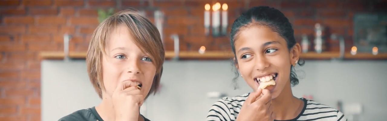 Mundfølelsen er helt essentiel for nogle slags mad - fx chips. Foto: Docfilm