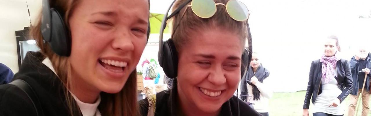 Hvordan påvirker forskellige lyde smagen? Det fandt publikum på Aarhus Food Festival ud af. Foto: Susanne Højlund.