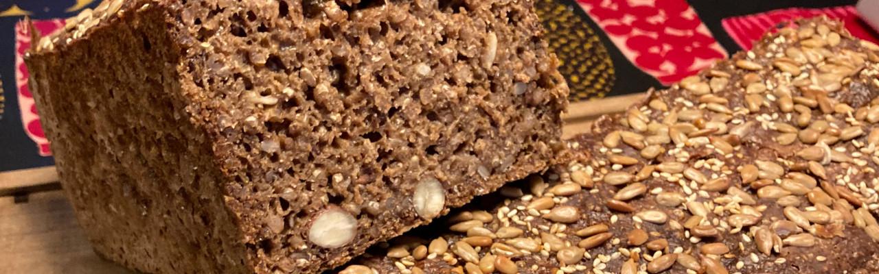 Hjemmebagt rugbrød med surdej. Foto: Johanne Hvelplund