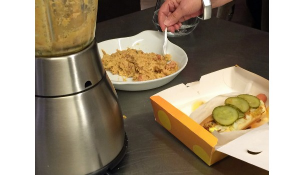 Hotdog på to måder - almindelig og som mos
